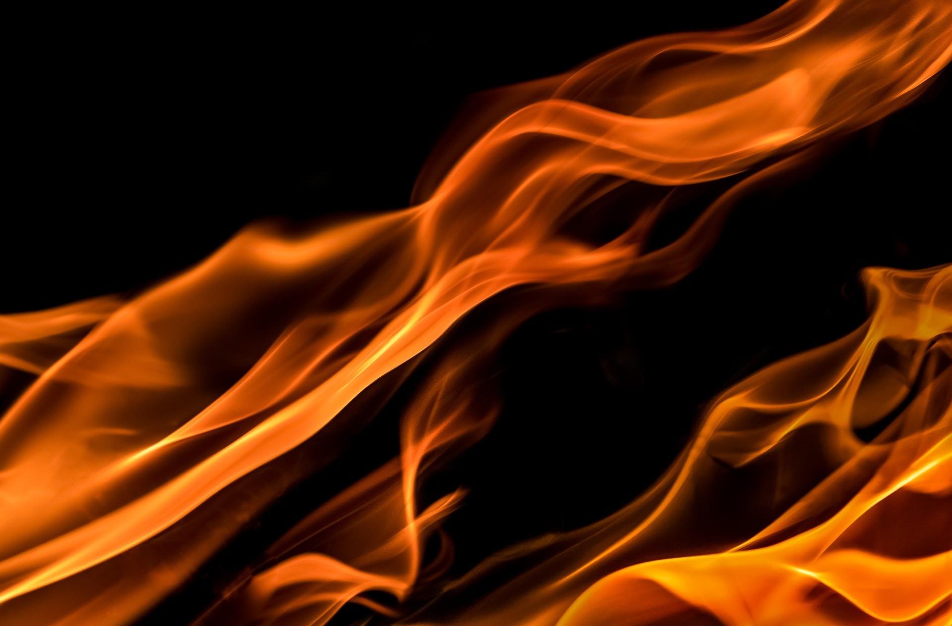 flames 1645399 1920