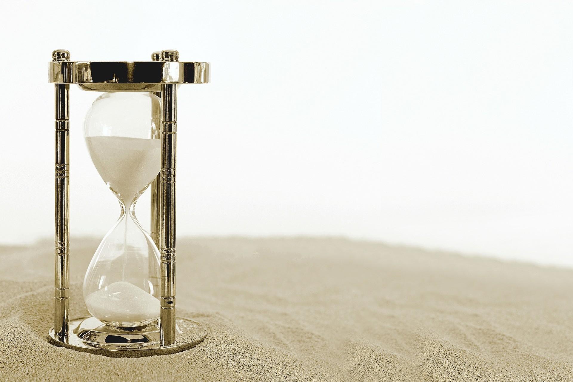 hourglass 2910948 1920