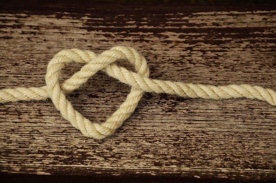 5 שלבי מערכות יחסים מחויבות